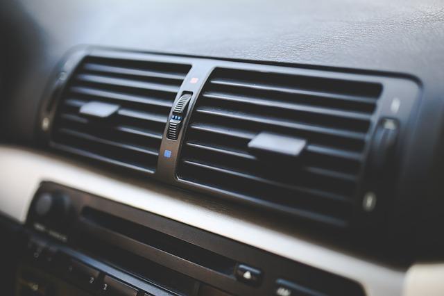 auto, výdechy