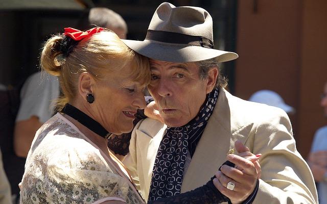 starý taneční pár