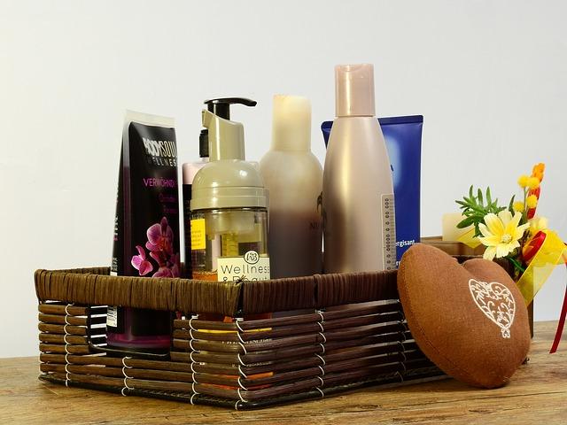 košíček kosmetiky