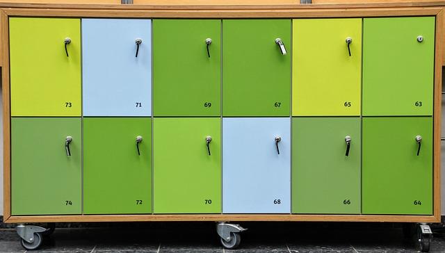 skříňky na kolečkách