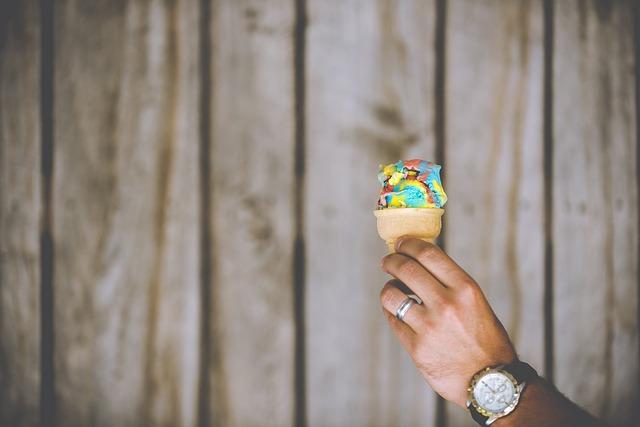 barevná zmrzlina