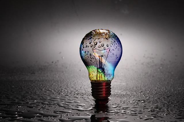 barevná žárovka