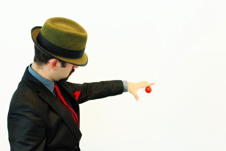 trik s balónkem