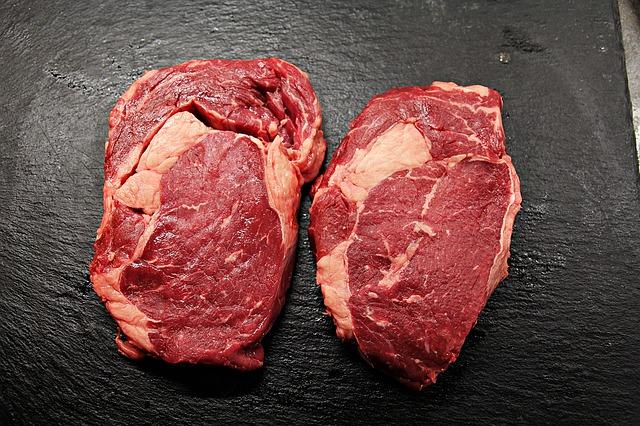 2 hovězí steaky.jpg