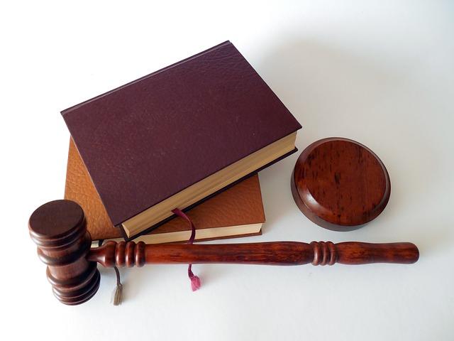pověřenec musí mít právnické vzdělání