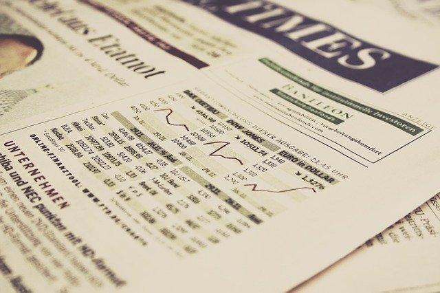 Úvodní stránka finančních novin