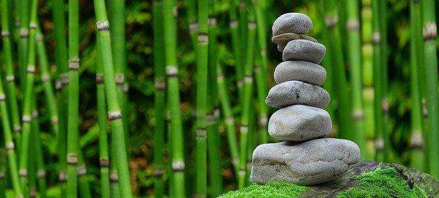 věž z kamínků